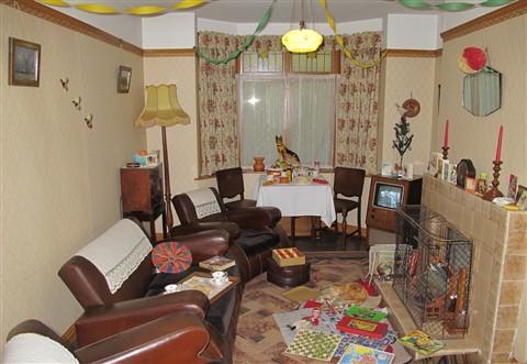 1950 39 s 60 39 s living room castle museum york a620er for Room design 60s