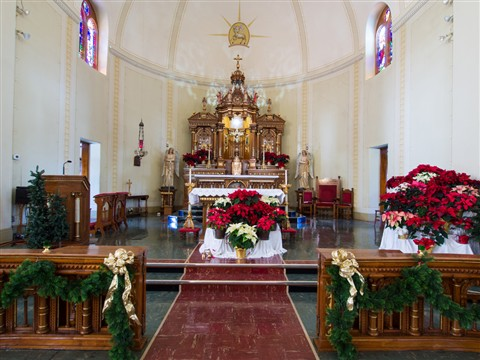 St Mary's altar1