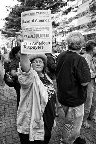 20110418-02-boa-demonstrators