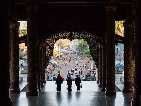 2010_12_Myanmar_002
