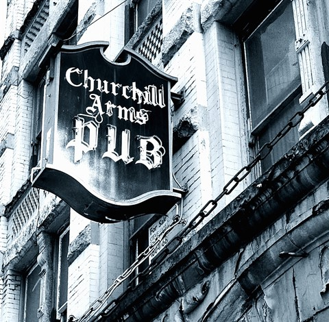 ChurchhillArmsPub