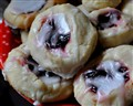 Almond Raspberry Christmas Cookies