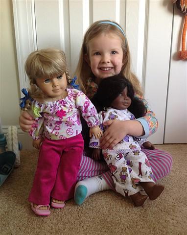 Hanna & Dolls
