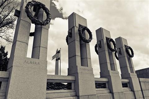 WWII Memorial Washington Monument b&w
