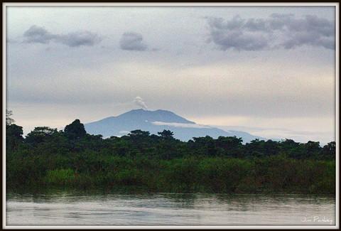 costa rica volcano steam iso 3200