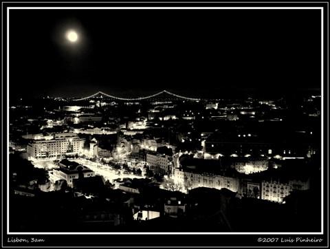 Lisbon, 3am