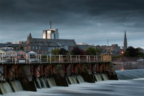 Athlone_at_night