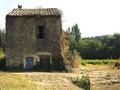 Abandoned farm building, Pay du Gard