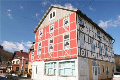 20130401_Thüringen_048 Ort Schwarzburg Rotes Fachwerkhaus