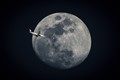 Fly Me to the Moon-6844