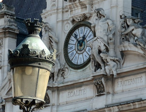 PARIS  Hotel de Ville Clock