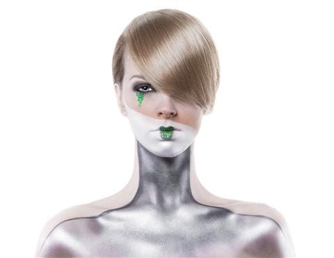 silver alien