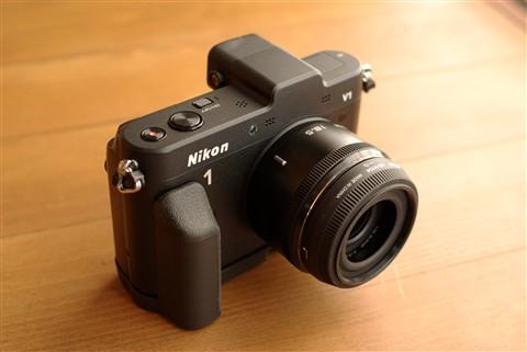Nikon 1 V1, Nikkor 18.5mm F1.8