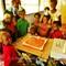 16-09-04 P1800231 Pius and kids, cake 2