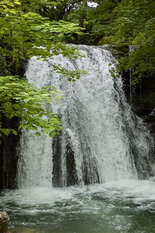 waterfall_1600
