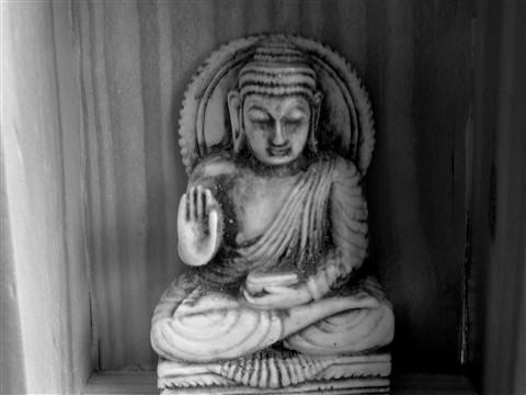 B&W Buddha