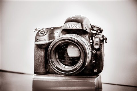 Portrait-camera_duotone