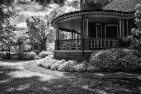 porch scene b-w 5 detail edits sRGB