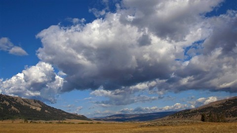 LamarValley_Clouds_YellowstoneNPWY_X1XS_092009_16_9_reduced