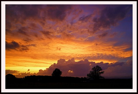 CR2_0294 The Yellow sky