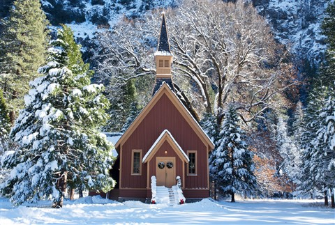 Yosemite Chapel in Winter_v1