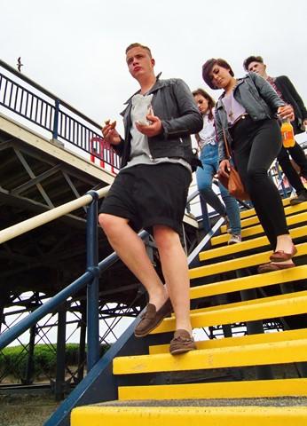 down steps