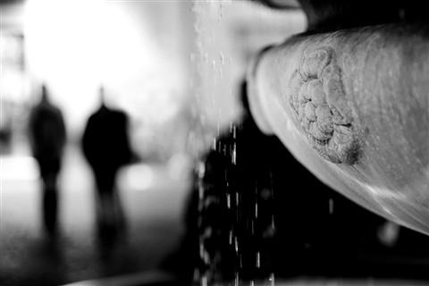Fontana ed ombre