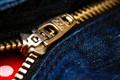 Revealing Zipper