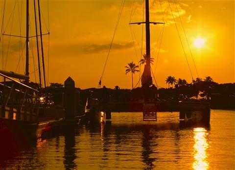 SunsetOverAlaMoana