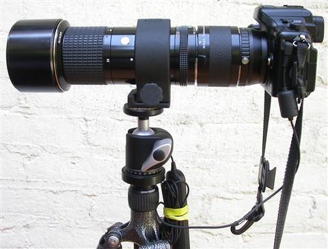 GH2 + Nikon 300mm + TC-201 L