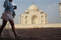 1608 la passante du  Taj Mahal-57