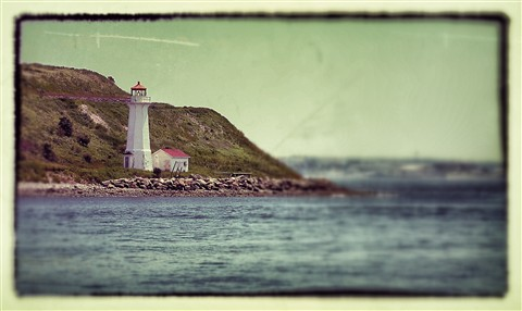 Quebec Light House_Snapseed