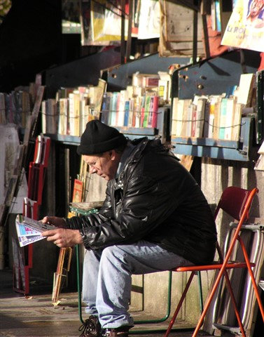 Paris book stall