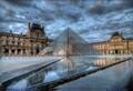 Le Pyramide du Louvre