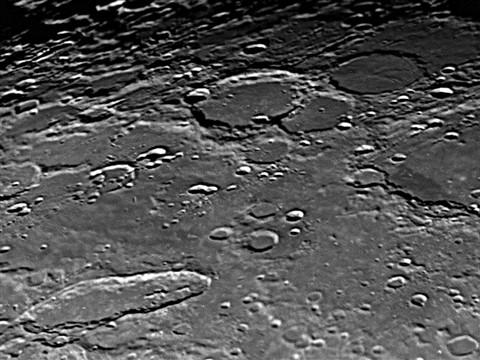 Moon0004 09-11-29 19-56-04C_edited