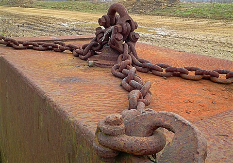 rusty chain (3) copy (Custom)