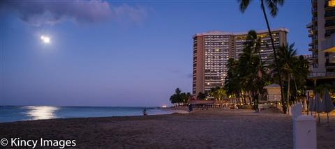 Pre Dawn Moonrise over Waikiki