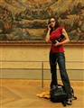 Not just your average photographer in the Louvre
