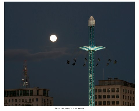 Swinging Under Full Moon!