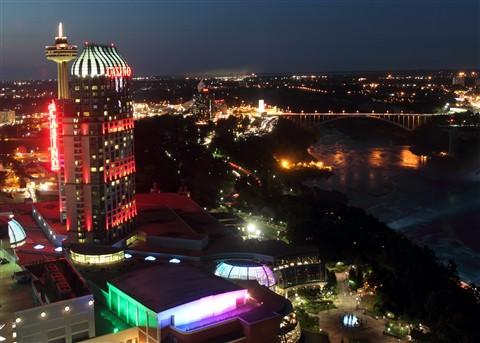 2-39-Niagara Falls 201280