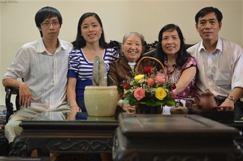 Ngày kết hôn của các con - 28.12.2011