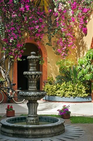courtyarddp