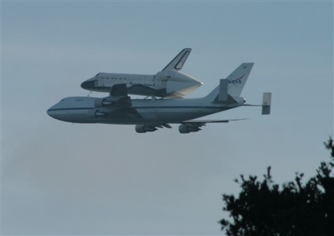 Shuttle returning to Florida
