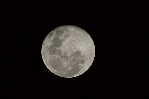 Moon pic with v2