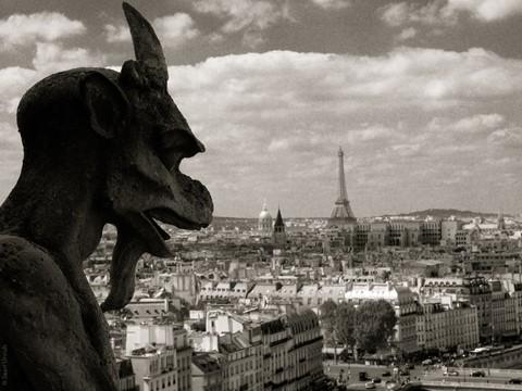 EiffelTowerNotreDame