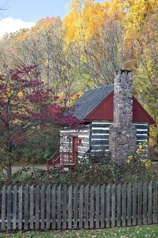 10-22-12 - Settlers Log Cabin - 1